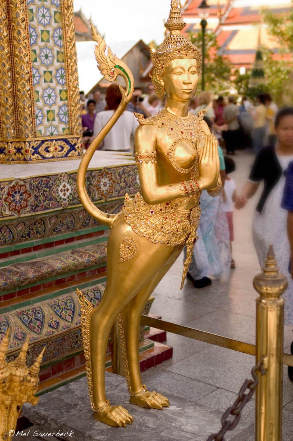 Thai temple statue